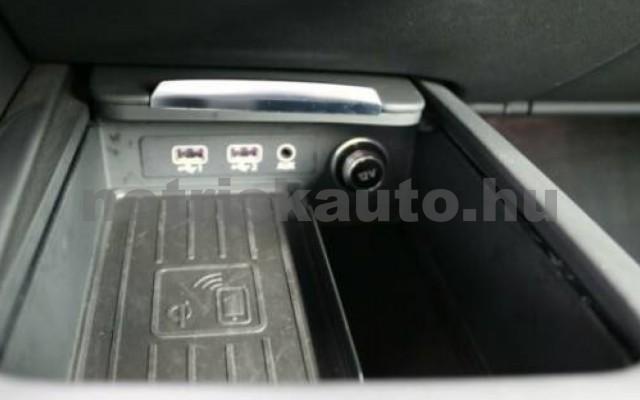 R8 személygépkocsi - 5204cm3 Benzin 104863 7/10