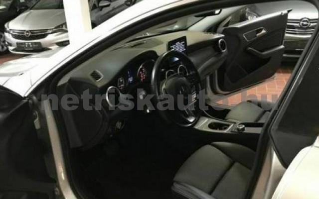 MERCEDES-BENZ CLA 220 személygépkocsi - 2143cm3 Diesel 105804 8/12