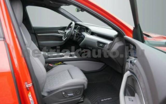 AUDI e-tron személygépkocsi - cm3 Kizárólag elektromos 109712 2/10