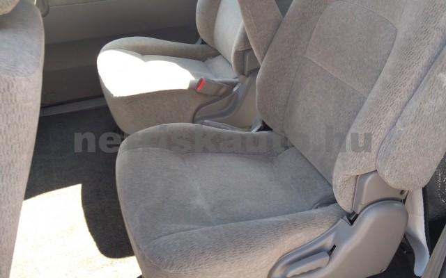 KIA Carnival 2.9 CRDi Komfort (7 sz.) személygépkocsi - 2903cm3 Diesel 25856 9/12