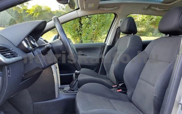 PEUGEOT 207 1.6 HDi Urban személygépkocsi - 1560cm3 Diesel 64550 12/28