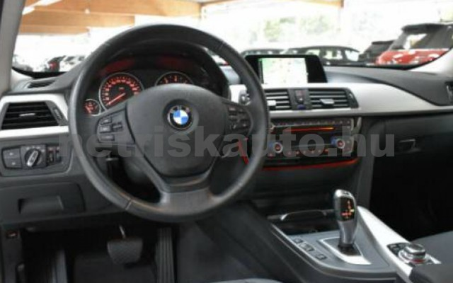 320 személygépkocsi - 1995cm3 Diesel 105060 4/12