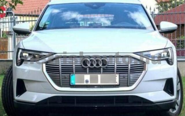 AUDI e-tron személygépkocsi - cm3 Kizárólag elektromos 109706 4/5