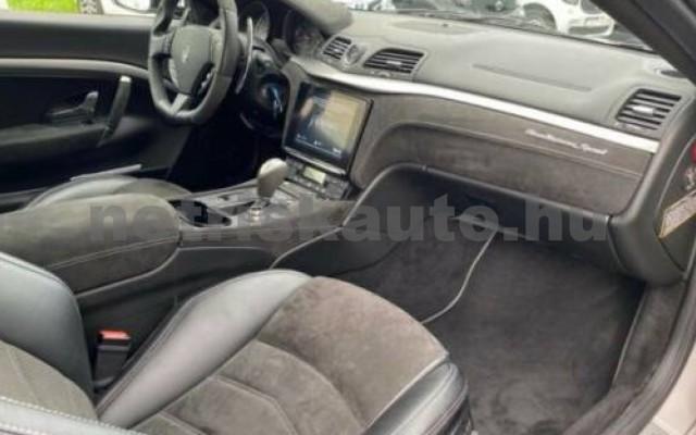 GranTurismo személygépkocsi - 4691cm3 Benzin 105679 10/12