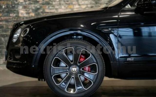 Bentayga személygépkocsi - 3996cm3 Benzin 105012 11/11