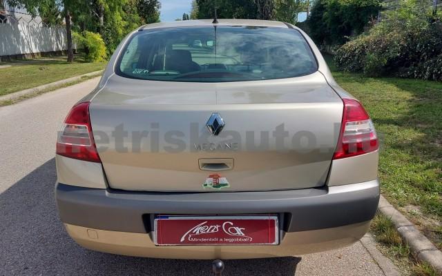 RENAULT Mégane 1.6 Expression személygépkocsi - 1598cm3 Benzin 52522 9/29