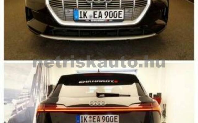 AUDI e-tron személygépkocsi - 2000cm3 Kizárólag elektromos 42573 4/7