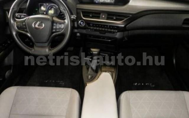 LEXUS UX személygépkocsi - 1987cm3 Hybrid 105643 4/11