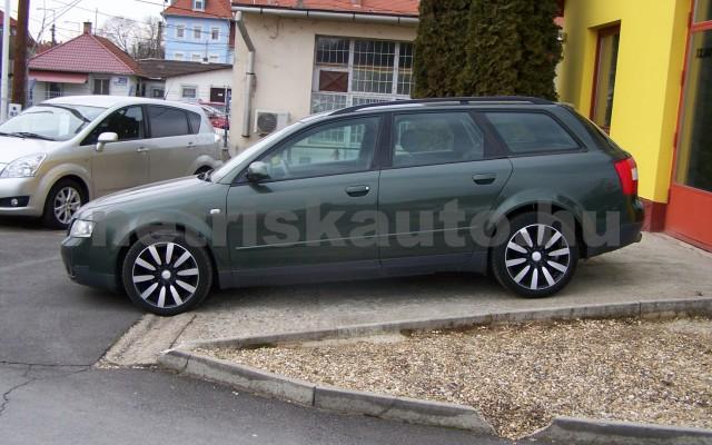 AUDI A4 1.6 Komfort személygépkocsi - 1595cm3 Benzin 44745 2/12