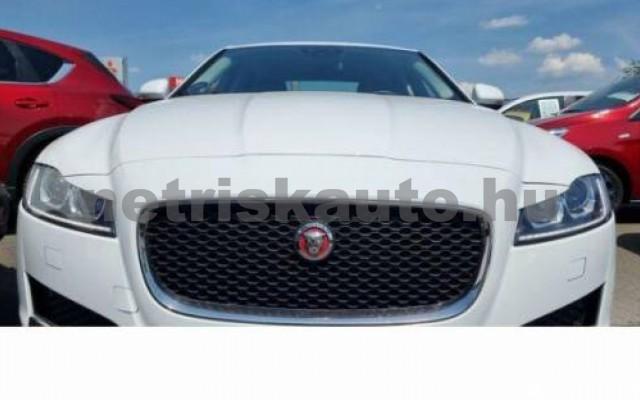 XF személygépkocsi - 1999cm3 Diesel 105450 4/10