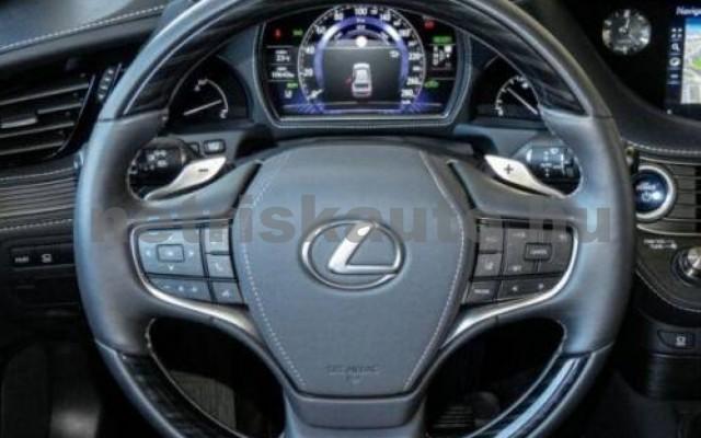 LEXUS LS 500 személygépkocsi - 3456cm3 Hybrid 105617 6/10