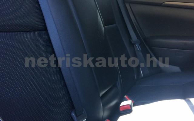 TOYOTA Avensis 2.0 D Sol Comfort személygépkocsi - 1995cm3 Diesel 47463 5/6