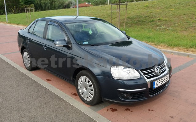 VW Jetta 1.6 Trendline személygépkocsi - 1595cm3 Benzin 49975 3/8