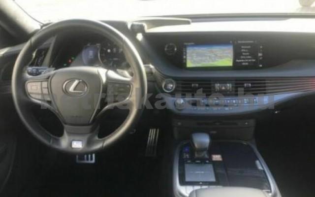 LEXUS LS 500 személygépkocsi - 3444cm3 Benzin 105642 8/9