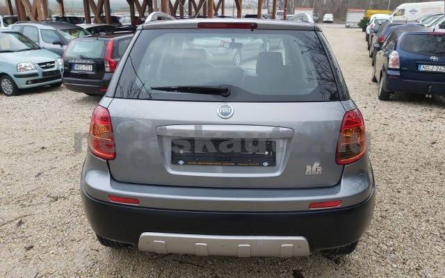 FIAT Sedici 1.6 16V 4x4 Emotion személygépkocsi - 1586cm3 Benzin 22498 6/12
