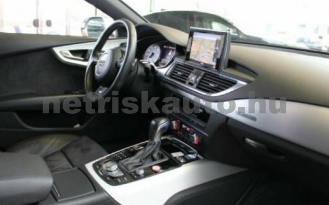 S7 személygépkocsi - 3993cm3 Benzin 104896 8/12