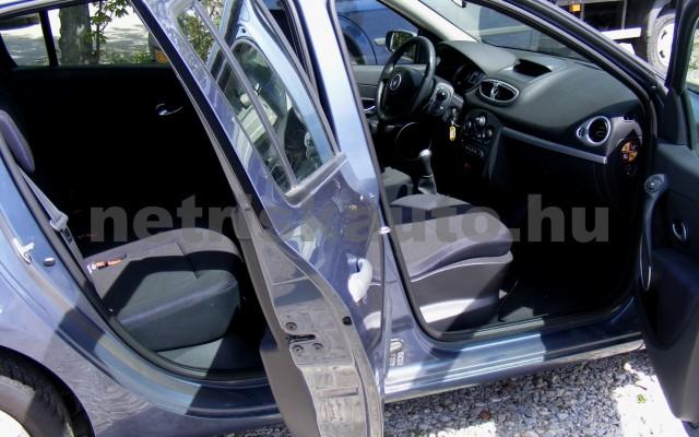 RENAULT Clio 1.6 16V Privilege személygépkocsi - 1598cm3 Benzin 44655 10/12
