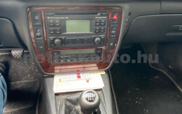VW Passat 2.8 V6 4Motion Highline személygépkocsi - 2771cm3 Benzin 74292 7/9