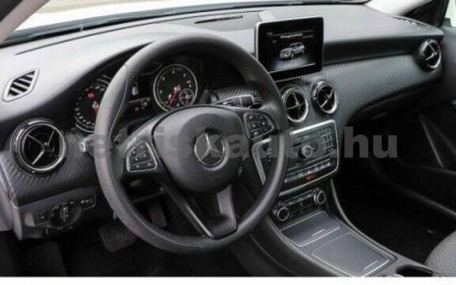 GLA 200 személygépkocsi - 2143cm3 Diesel 105961 7/8
