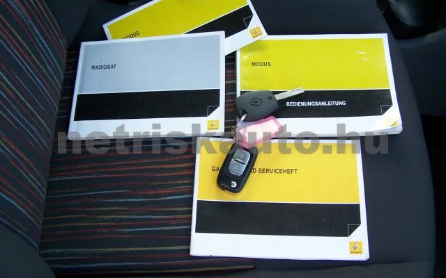 RENAULT Grand Modus 1.2 16V Expression személygépkocsi - 1149cm3 Benzin 98313 10/11