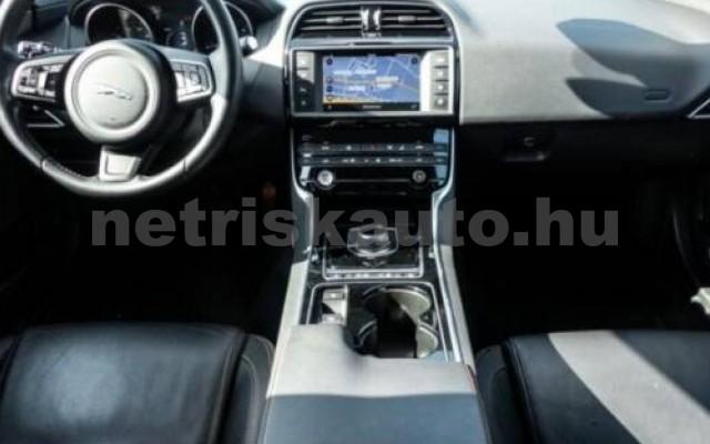 XE személygépkocsi - 1999cm3 Diesel 105456 8/12
