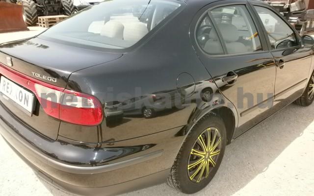 SEAT Toledo 1.6 16V Signo személygépkocsi - 1598cm3 Benzin 93286 4/9