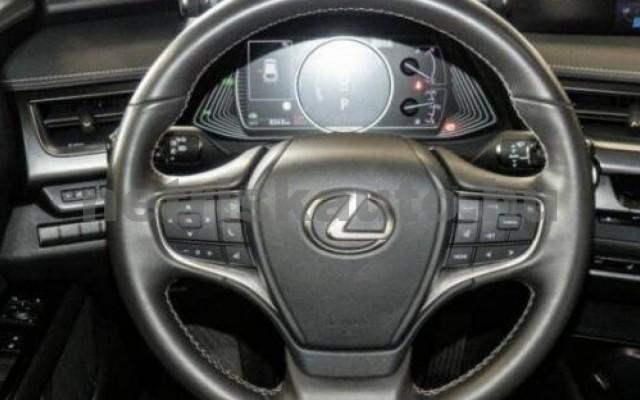 LEXUS UX személygépkocsi - 1987cm3 Hybrid 105643 5/11