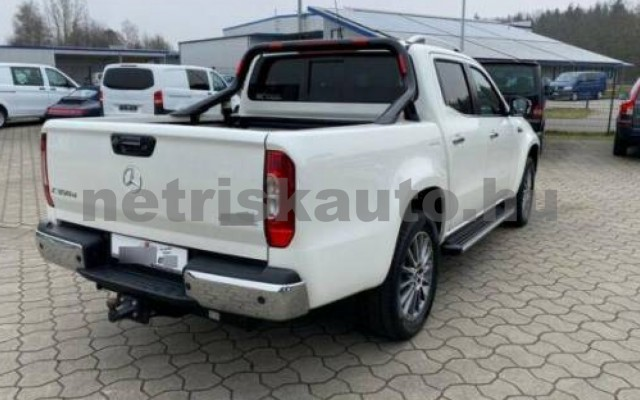 X 350 személygépkocsi - 2987cm3 Diesel 106146 3/12