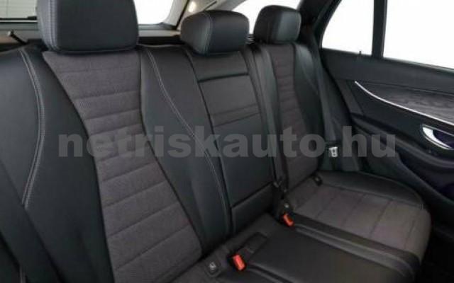 E 400 személygépkocsi - 2925cm3 Diesel 105871 10/12