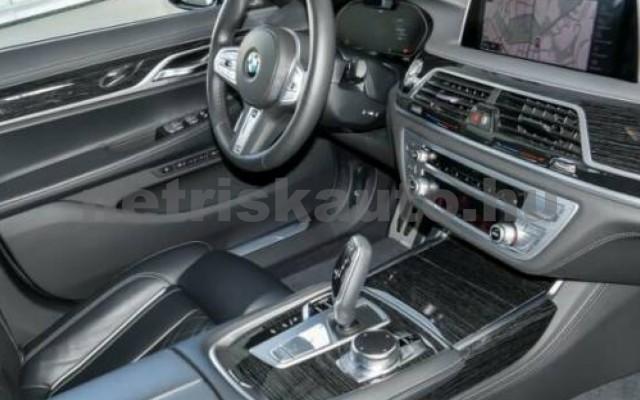 740 személygépkocsi - 2993cm3 Diesel 105192 3/12