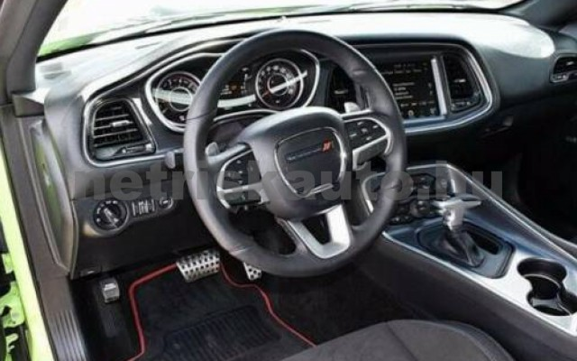 Challenger személygépkocsi - 6400cm3 Benzin 105412 5/10