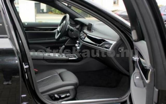 BMW 745 személygépkocsi - 2998cm3 Hybrid 42984 7/7