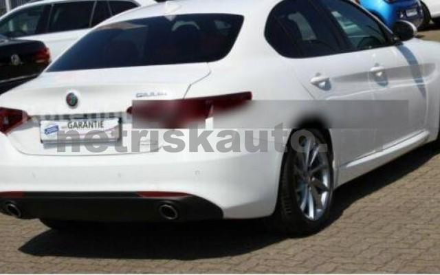 Giulia személygépkocsi - 2143cm3 Diesel 104565 2/7