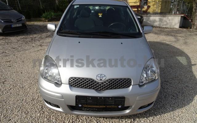 TOYOTA Yaris 1.0 Max Ice személygépkocsi - 998cm3 Benzin 16130 9/12