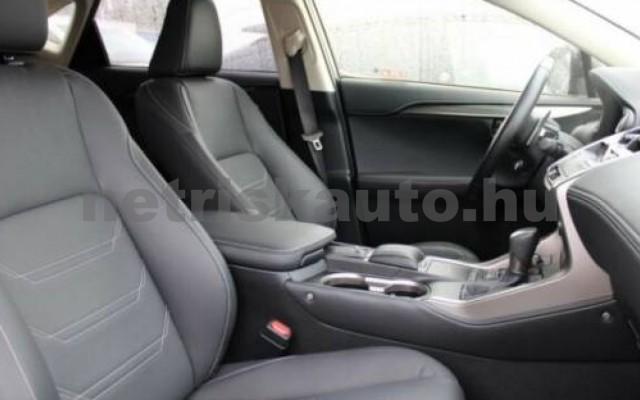 NX 300 személygépkocsi - 2494cm3 Hybrid 105655 8/10