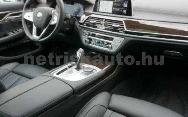 745 személygépkocsi - 2998cm3 Hybrid 105171 10/12