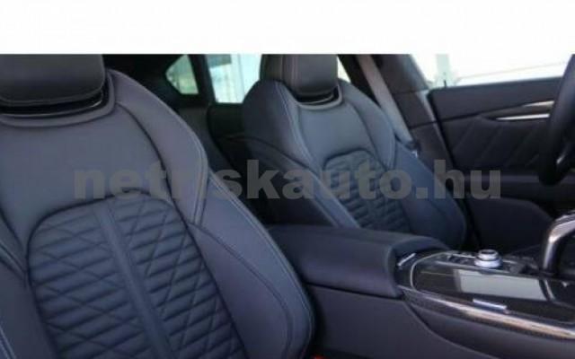 Levante személygépkocsi - 3799cm3 Benzin 105683 12/12