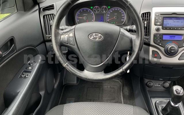 HYUNDAI i30 CW személygépkocsi - 1396cm3 Benzin 106520 10/35