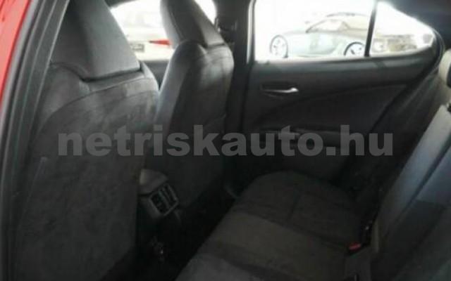 UX személygépkocsi - 1987cm3 Hybrid 105645 6/12