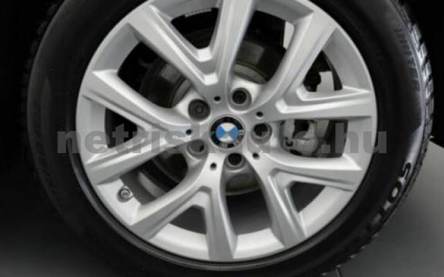 X1 személygépkocsi - 1499cm3 Benzin 105209 12/12