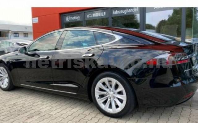 Model S személygépkocsi - cm3 Kizárólag elektromos 106215 3/12