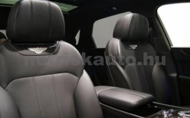 Bentayga személygépkocsi - 3956cm3 Diesel 105015 12/12