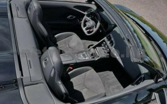R8 személygépkocsi - 5204cm3 Benzin 104862 2/3