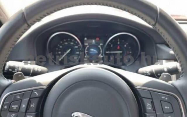XF személygépkocsi - 1999cm3 Diesel 105450 10/10