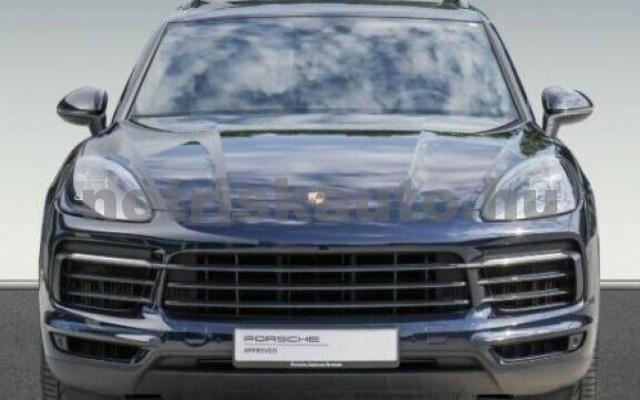 Cayenne személygépkocsi - 2995cm3 Hybrid 106299 3/10