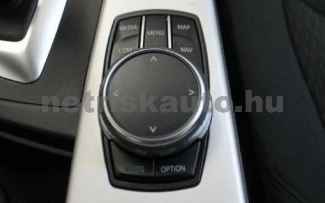 BMW 330 személygépkocsi - 2993cm3 Diesel 105070 12/12