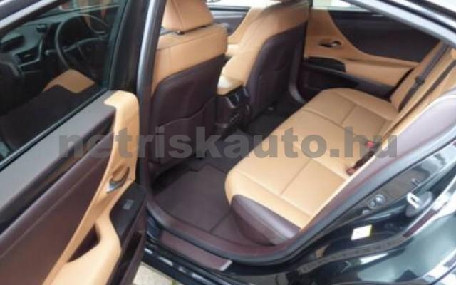 ES 300 személygépkocsi - 2487cm3 Hybrid 105613 6/12