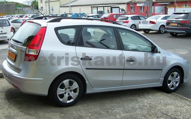 HYUNDAI i30 1.6 CRDi LP Comfort személygépkocsi - 1582cm3 Diesel 93252 3/12