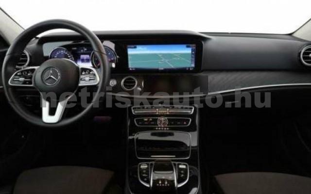 E 400 személygépkocsi - 2925cm3 Diesel 105871 9/12