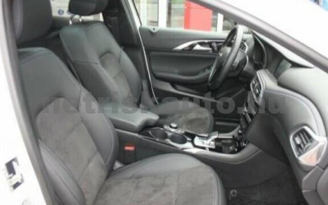 INFINITI Q30 személygépkocsi - 1595cm3 Benzin 110370 5/12